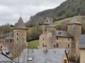 Le village et le cirque de Saint-Saturnin