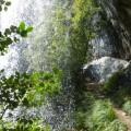 Sentier derrière la Grande Cascade