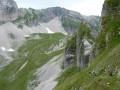 Sommet du vallon froid et la descente de la rampe de crête d'Äne