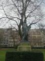 Symboles de la relation franco-américaine dans Paris