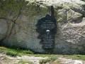 Stèle commémorative au refuge de Prati
