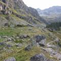 Sur le sentier en contrebas de la Cabane de Gioberney