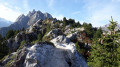 Traversée des crêtes du mont Charvet - au fond la dent de la Portetta