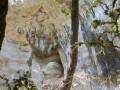 Une des grottes sur la randonnnée