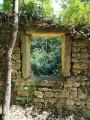 Vestiges du mur du château de Montanay