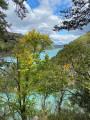 Vue sur lac de barrage